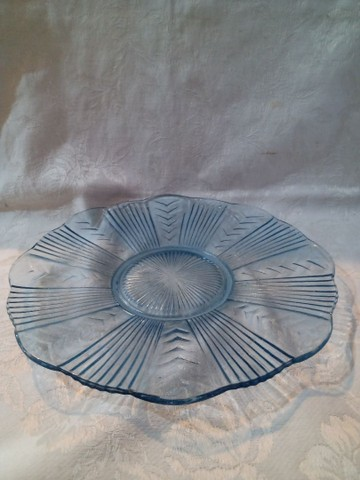Prato em vidro prensado azul
