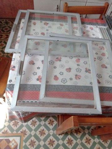Portinhas de vidro e alumínio - Foto 2