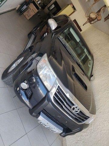 Vendo Hilux srv 4x4 preto auto 2013