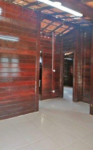 Casa de Madeira a 600 metros da CE-040 com terreno 400 m2 e deck preço de ocasião - Foto 10