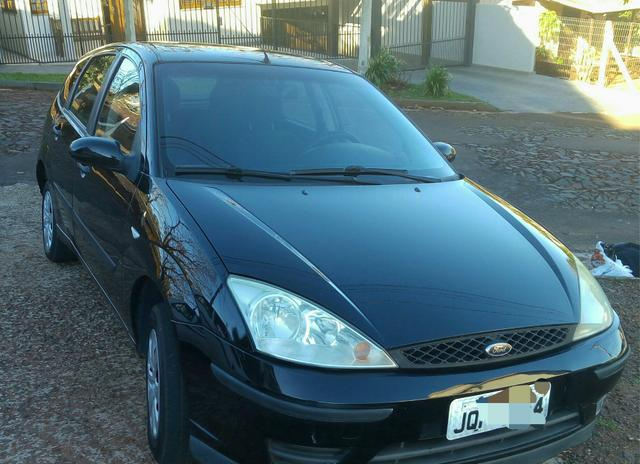 Focus Hatch 1,6 Flex Completo 4 portas