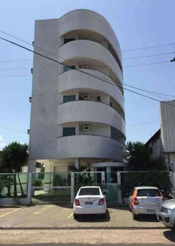 Apartamento no centro com 2 quartos
