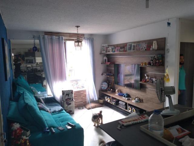 Apartamento 2 Dormitórios com Garagem, Centro, Esteio