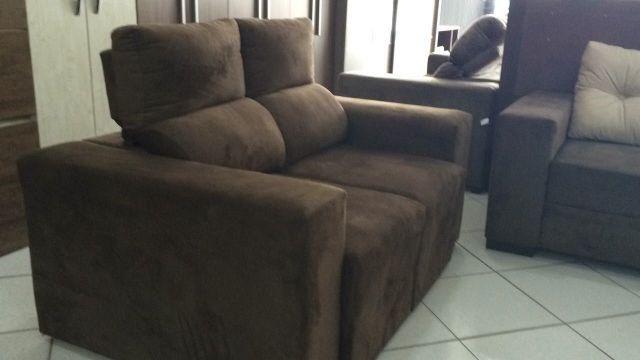 Sofa retrátil 3 lugares novo de 1400.00 por 998.90