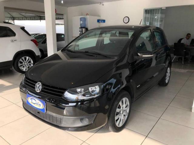 Volkswagen Fox 1.0 Mi Total Flex 8V 5p - Foto 4