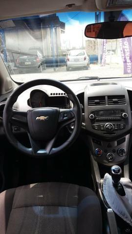 Vendo Chevrolet Sonic em ótimo estado whats - Foto 3