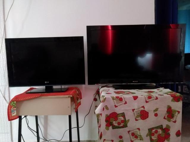 Tv Digital Sony KDL-40BX455 e LG 32LK450