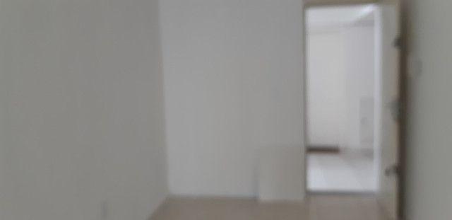 Alugo apartamento térreo com 2 quartos no São Marcos - Joinville/SC - Foto 3