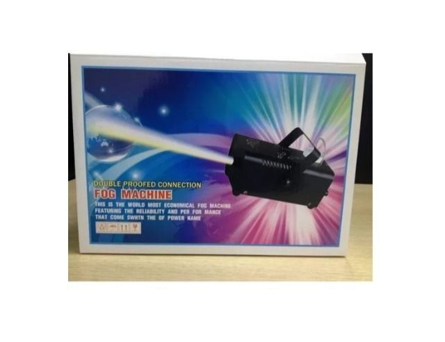 Maquina De Fumaça 600w C/ Controle Wireless + Liquido