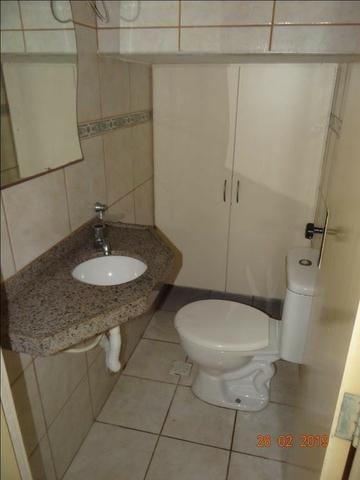 CA1841 Vendo ou Alugo, casa duplex com 5 quartos, 8 vagas de garagem, Cambeba - Foto 6