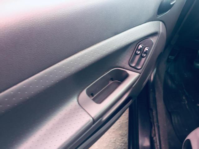 Fiesta 1.0 Flex 4ptas 2006 - Completo, carro bem conservado! - Foto 7