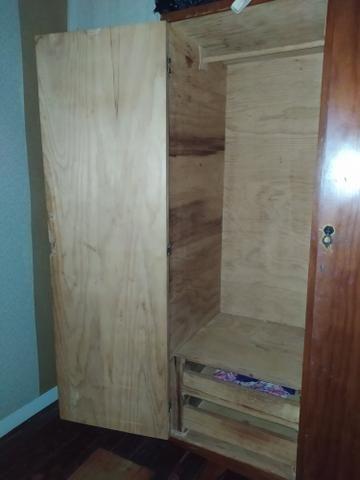 Guarda roupas em madeira natural - Foto 3