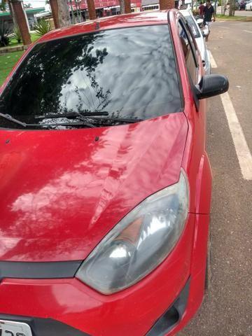 Troco Fiesta Hatch, 2010/2011, por um Honda Fit 2011 pra cima - Foto 2