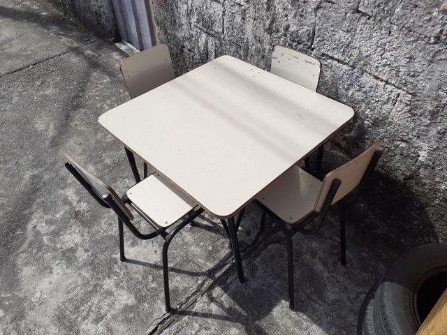 Mesa +4 cadeiras INFANTIL  - Foto 2