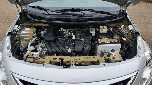 Nissan Versa 1.0 Flex 2016 Manual Completo  - Foto 9