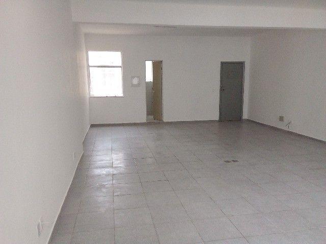Rua do Rosário, comerciais, reformadas, amplas, 2 salões, 3 banheiros Andar inteiro - Foto 2