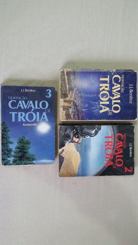 Livros Cavalo de Tróia Primeira e Segunda Viagem e Kennereth