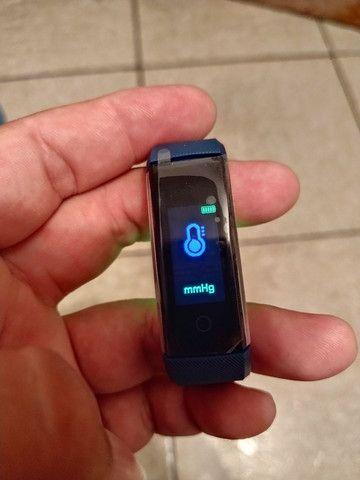Smart Bracelet com monitor cardíaco e contador de passos. - Foto 5