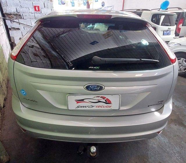 Ford  Focus  Ghia automático  - Foto 5