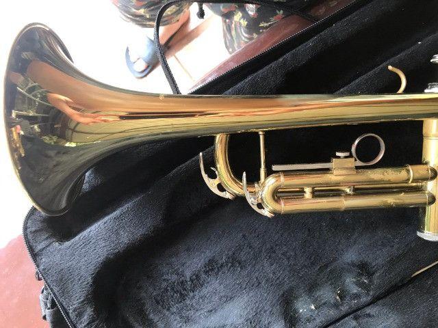 Trompete Shelter usado - Si Bemol Laqueado Dourado + Estojo - Foto 5