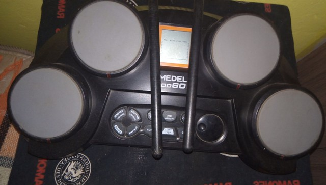 Mini bateria eletrônica - Foto 2