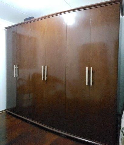 Guarda roupas 6 portas em MDF