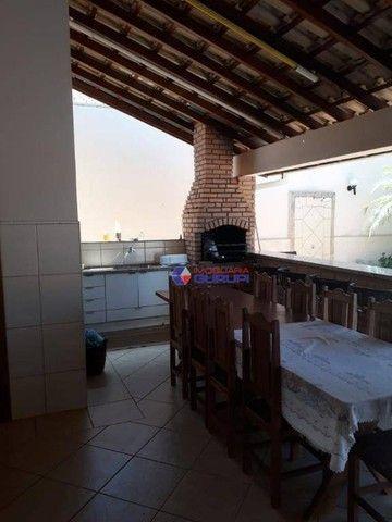 Casa para venda em Parque Das Flores Ii de 185.00m² com 3 Quartos, 2 Banheiros, 1 Suíte e  - Foto 2