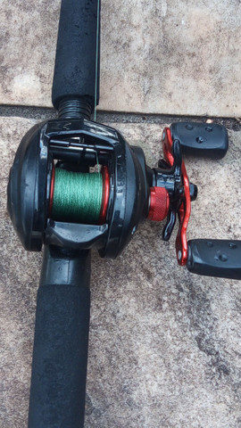 Carretilha de pesca completa abul garcia 320$ - Foto 2