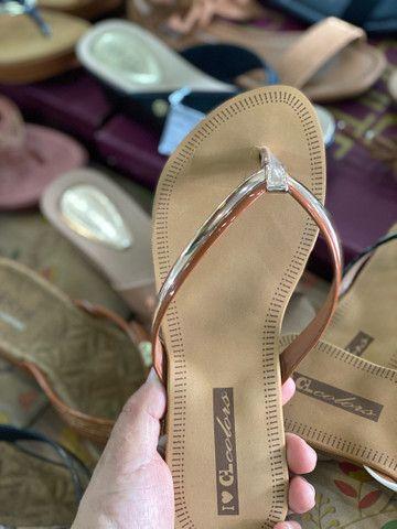 Sandália rasteira 22,90 - Foto 2