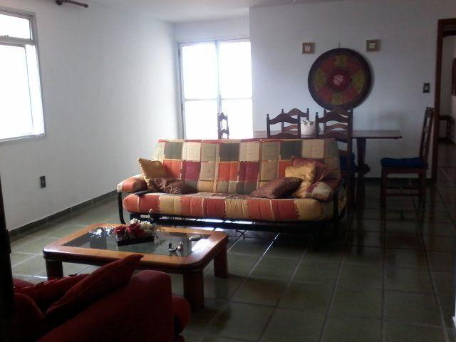 Apartamento amplo e otima localização e preço