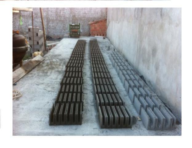 Maquina de bloco de concreto Poedeira Compaq Mak JF6000 Turbo