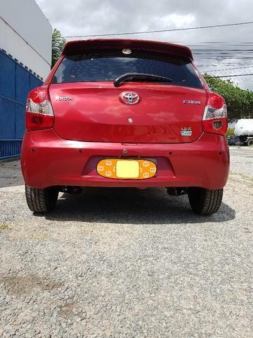 Toyota Etios 1.3 X hatch 2014 particular Novo - Foto 18
