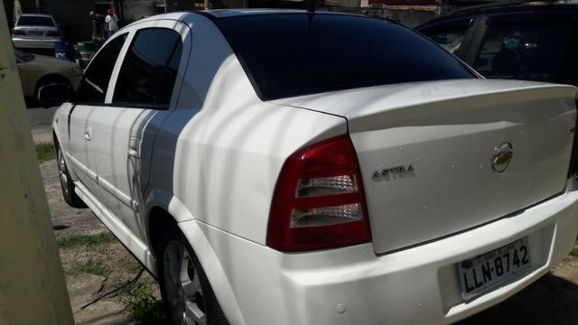 Vendo astra 2011 top completo com GNV quero só 22.500 - Foto 15