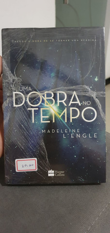 Livro Uma Dobra no Tempo - Madeleine L'engle