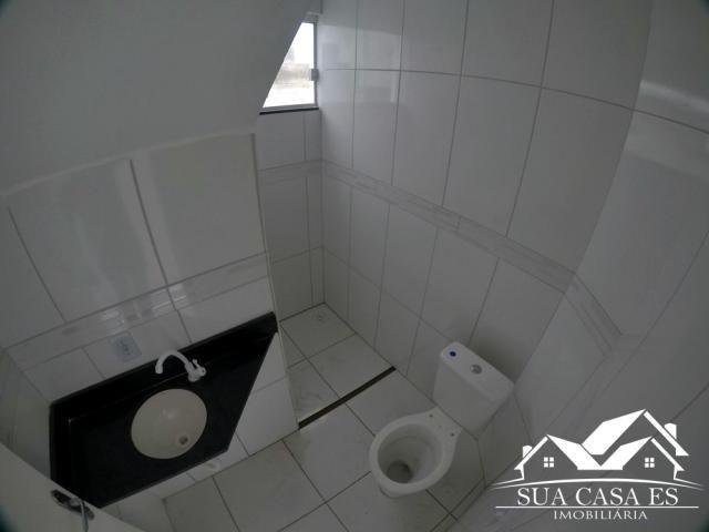Bela Casa Triplex 2 Quartos com Enorme área externa para espaço Gourmet - Foto 5