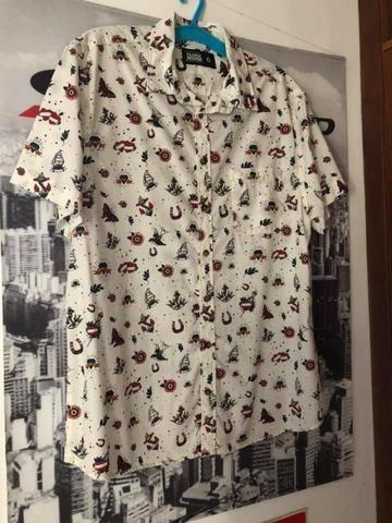 Taubaté-SP, Camisa de botão masculina. ( Tamanho G)