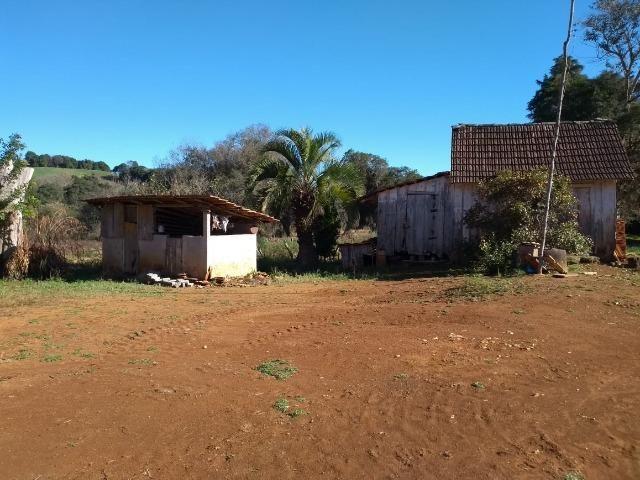 Chácara com 174.240m², casa, barracão, divisa com a Barragem do Rio Verde - Foto 10