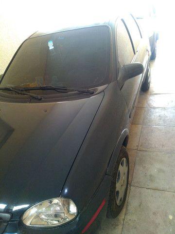 Vendo Corsa classic R$ 13,000,00 ou troço em Fiat Strada  - Foto 3