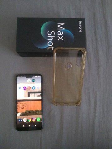 Zenfone max shot 64GB em perfeito estado