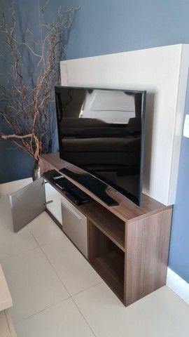 Conjunto móveis  prateleira, rack, criado e aparador cor Fendi  - Foto 4