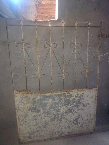Portão de Grade com chapa