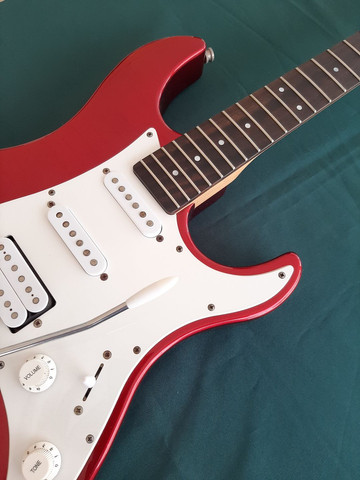 Guitarra Stratocaster Yamaha Pacífica 012  - Foto 3
