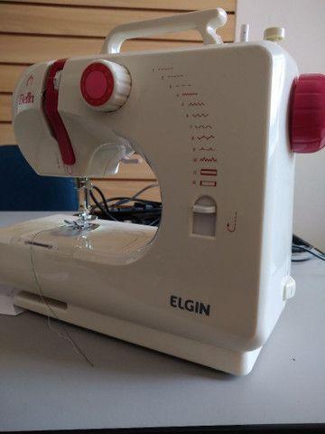 Vendo máquina de costura Elgin semi nova - Foto 2