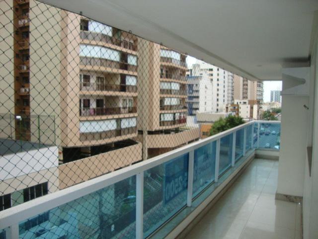 Murano Imobiliária aluga apartamento de 3 quartos na Praia de Itapuã, Vila Velha - ES.