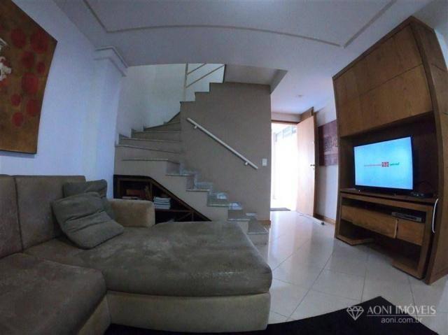 Casa duplex com 4 dormitórios, sol da manhã, lazer com churrasqueira e quintal, 3 vagas de - Foto 11