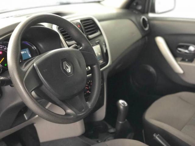 Renault Logan EXPRESSION 1.6  - Foto 6