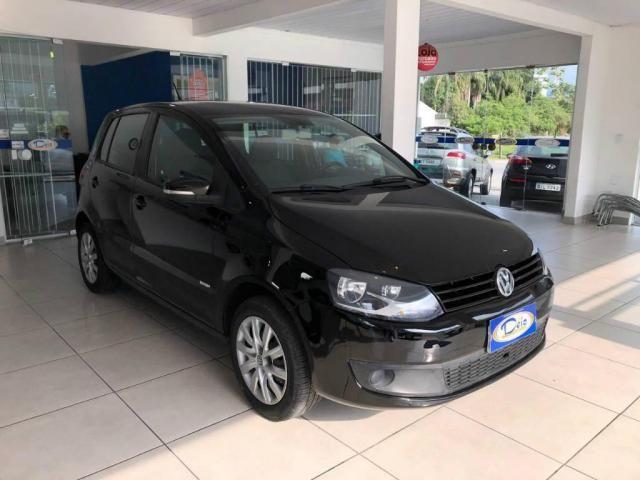 Volkswagen Fox 1.0 Mi Total Flex 8V 5p - Foto 2