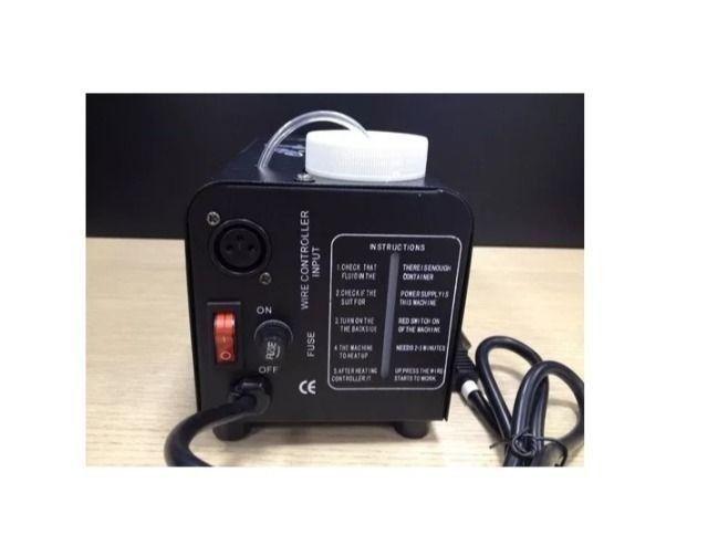 Maquina De Fumaça 600w C/ Controle Wireless + Liquido - Foto 4