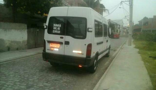 Renault master 2.5 minibus 16 lugares teto alto R$28.000 pra troca R$32.000 - Foto 8