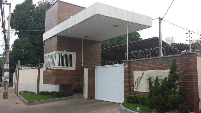 Casa condomínio vivaldi